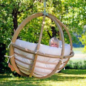 Детские качели для дома: советы по выбору, обустройству и размещению. 155 фото лучших современных идей для сада и дачного участка