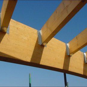 Крепеж для строительства каркасных домов: особенности правильного выбора и применения