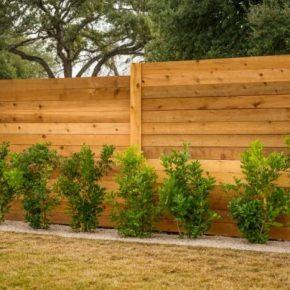 Деревянный забор: лучшие идеи по созданию эффективной и красивой ограде для участка (125 фото)