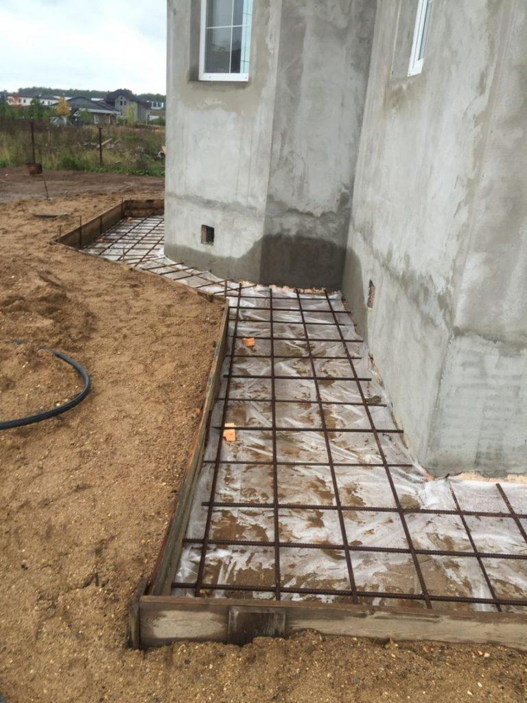 стоимость бетонирования отмостки